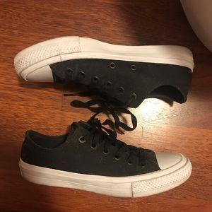 Black Converse II -LIKE NEW